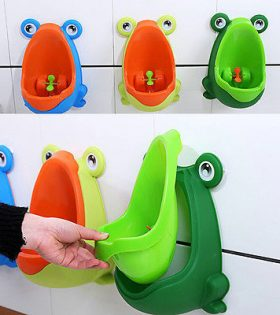 Frog Potty Training Urinal for Boys with Funny Aiming Target